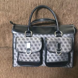 Authentic Dooney and Bourke large size purse.